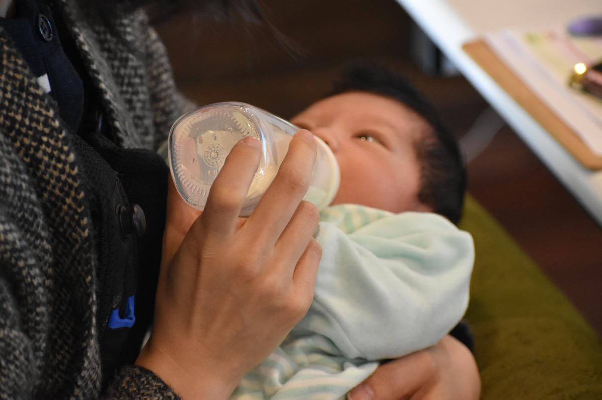 Q.乳児を連れての子連れ出勤は可能ですか?授乳タイムはありますか?